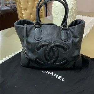 Beautiful Chanel Tote Bag